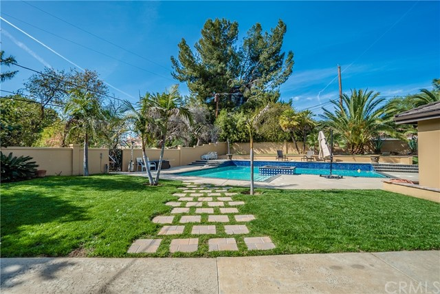 17421 Klee St, Sherwood Forest, CA 91325 Photo 46