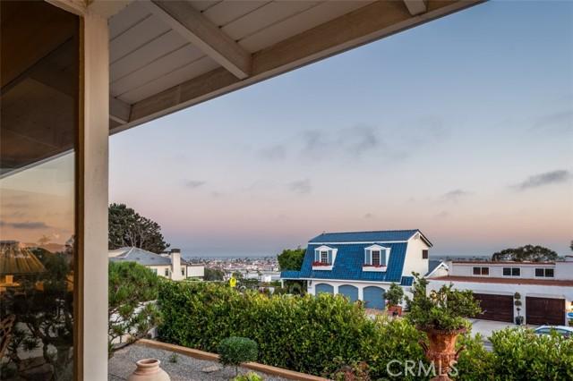 19. 2316 Cliff Drive Newport Beach, CA 92663