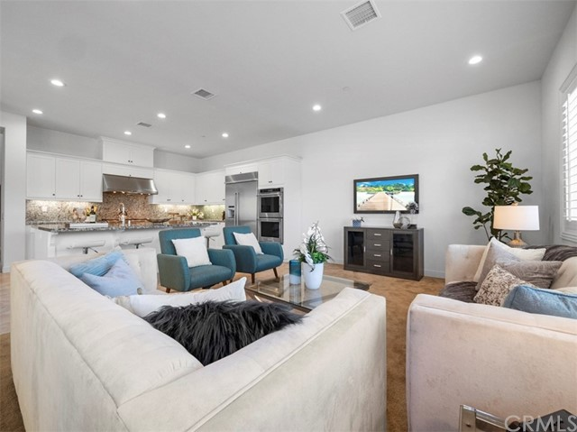 9. 58 Big Bend Way Lake Forest, CA 92630
