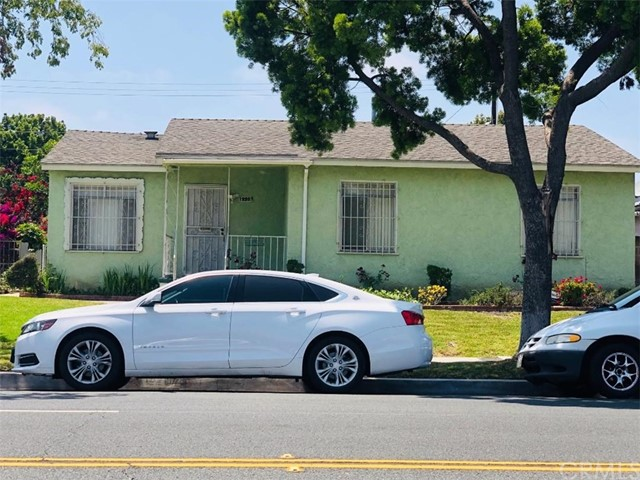 12207 S San Pedro Street, Los Angeles, CA 90061