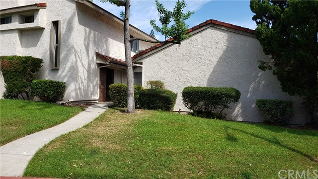 905 Plaza Escondido, Fullerton, CA 92833