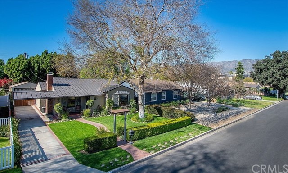 377 W Spazier Avenue, Burbank, CA 91506