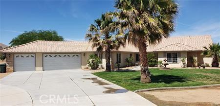 10252 Bella Vista Street, Apple Valley, CA 92308