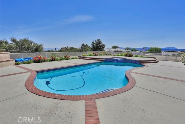 10224 Whitehaven St, Oak Hills, CA 92344 Photo 37