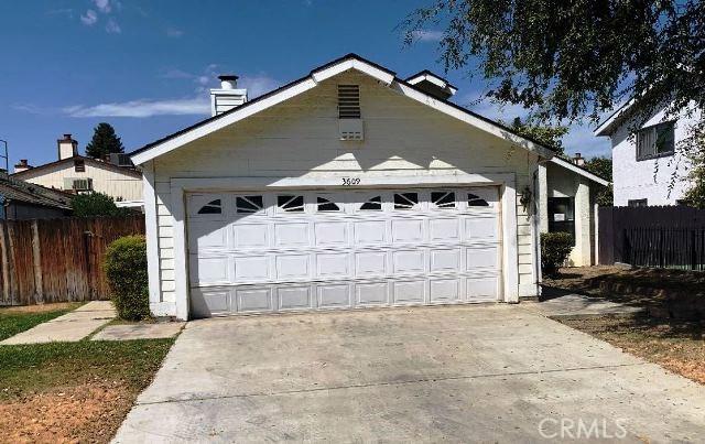3609 Starwood Lane, Bakersfield, CA 93309