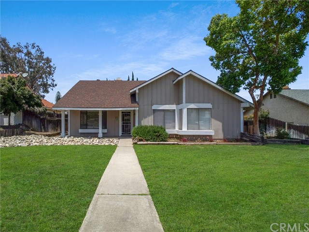 517 Magnolia Avenue, Corona, CA 92879