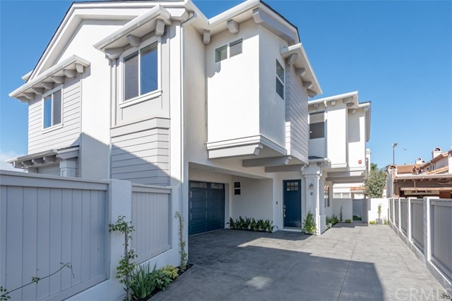 2119 Marshallfield Lane, Redondo Beach, California 90278, 4 Bedrooms Bedrooms, ,3 BathroomsBathrooms,Townhouse,For Sale,Marshallfield,PV18268433