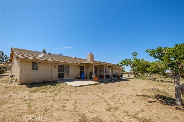 10629 Joshua Rd, Oak Hills, CA 92344 Photo 9