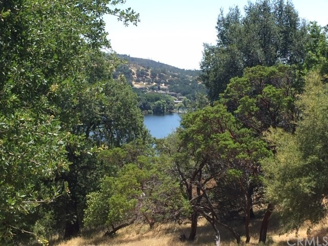 17005 Knollview Drive, Hidden Valley Lake, CA 95467
