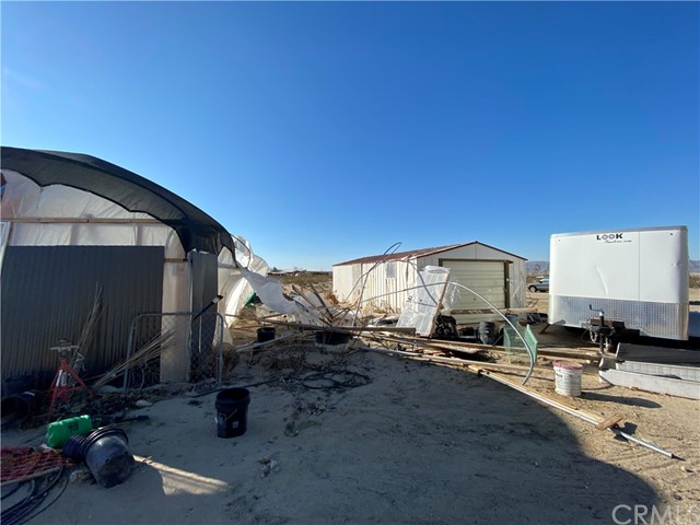9788 Dusty Ln, Lucerne Valley, CA 92356 Photo 8
