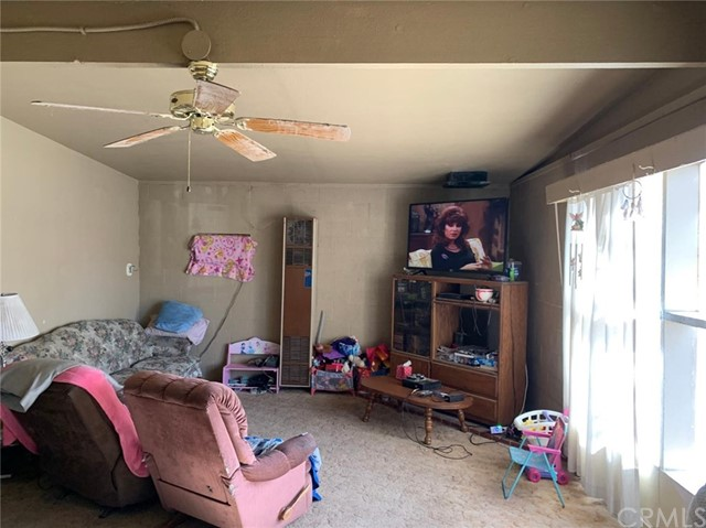 32174 Sunset Rd, Lucerne Valley, CA 92356 Photo 9