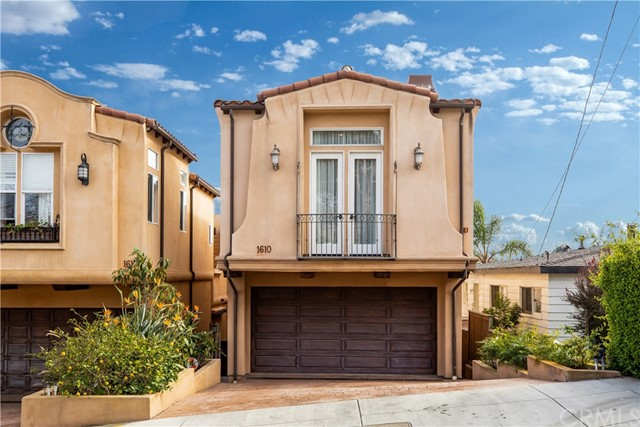 1610 Speyer Lane, Redondo Beach, California 90278, 4 Bedrooms Bedrooms, ,3 BathroomsBathrooms,For Sale,Speyer,SB20089547