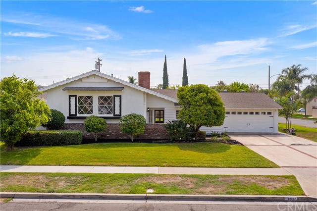 Photo of 2216 E Briarvale Avenue, Anaheim, CA 92806