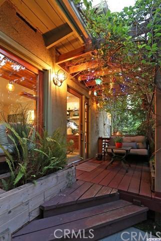 6155 Outlook Avenue, Los Angeles, CA 90042