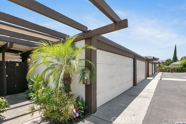 806 E Acacia Avenue B, Glendale, CA 91205