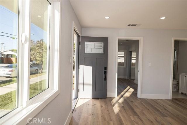 Image 3 of 13726 Washington Ave, Hawthorne, CA 90250