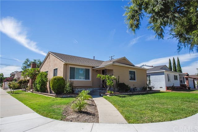 3703 Iroquois Avenue, Long Beach, CA 90808