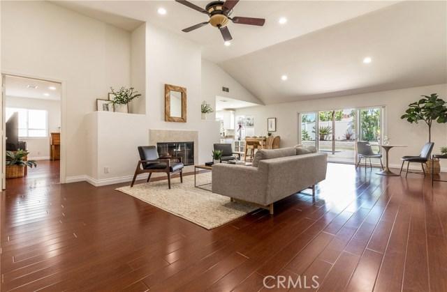 964 Grove Place, Costa Mesa, CA 92627