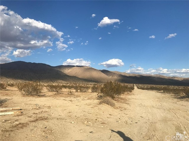 15th Ave, Long Canyon, Desert Hot Springs, CA 92241