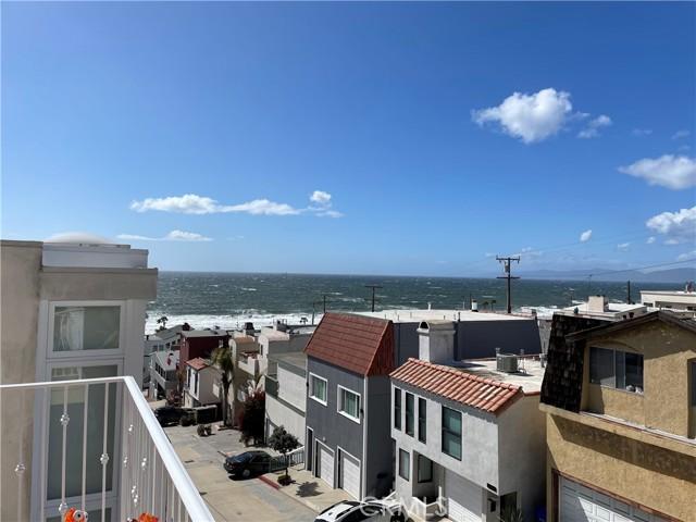 220 43rd Street, Manhattan Beach, California 90266, 3 Bedrooms Bedrooms, ,3 BathroomsBathrooms,Townhouse,For Sale,43rd,SB21037519