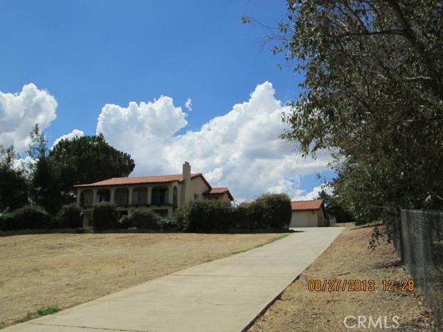 10330 COUNTRY Lane, Yucaipa, CA 92399