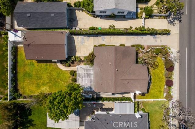 Image 26 of 385 E 19th St, Costa Mesa, CA 92627