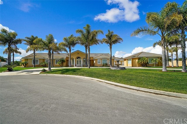 4435 Beverly Court, Santa Maria, CA 93455