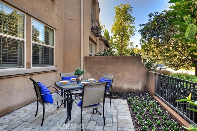 114 Hedge Bloom, Irvine, CA 92618 Photo 3