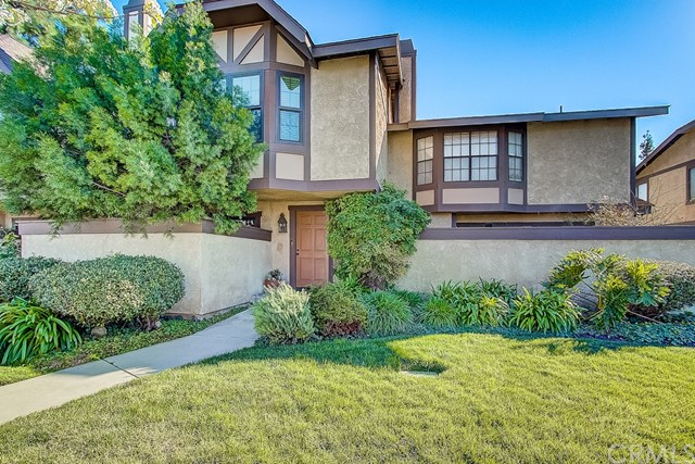 20506 Roscoe Boulevard B, Winnetka, CA 91306