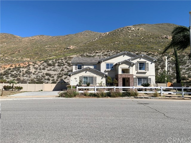 425 Mount Shasta Drive, Norco, CA 92860