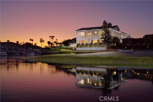 Photo of 42 Balboa Coves, Newport Beach, CA 92663