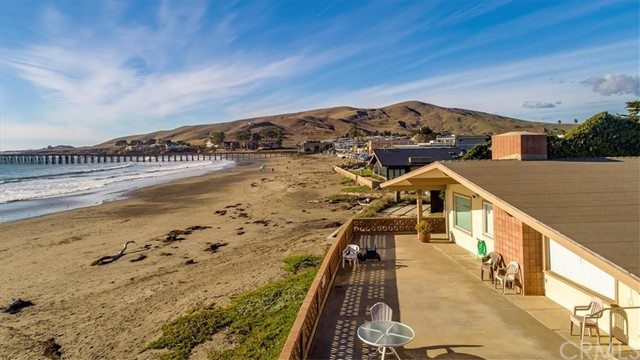 Property for sale at 8 Ocean Front Lane, Cayucos,  California 93430