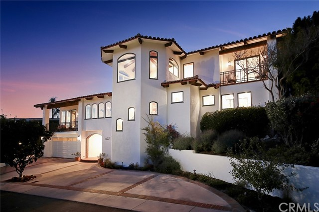 607 Gould Terrace, Hermosa Beach, California 90254, 3 Bedrooms Bedrooms, ,3 BathroomsBathrooms,For Sale,Gould,SB21042448