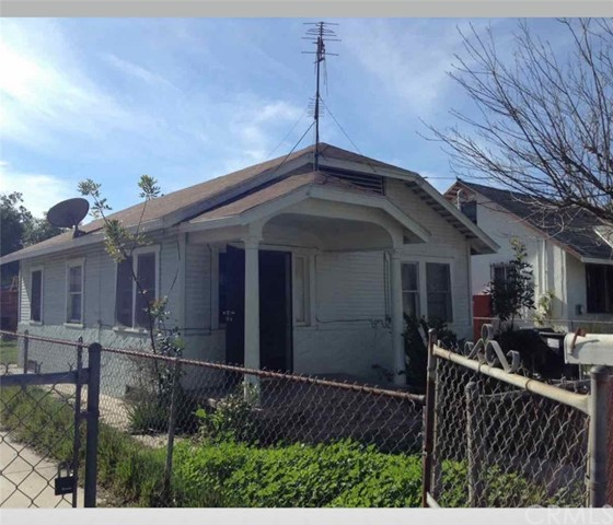 1424 E 65th Street, Los Angeles, CA 90001