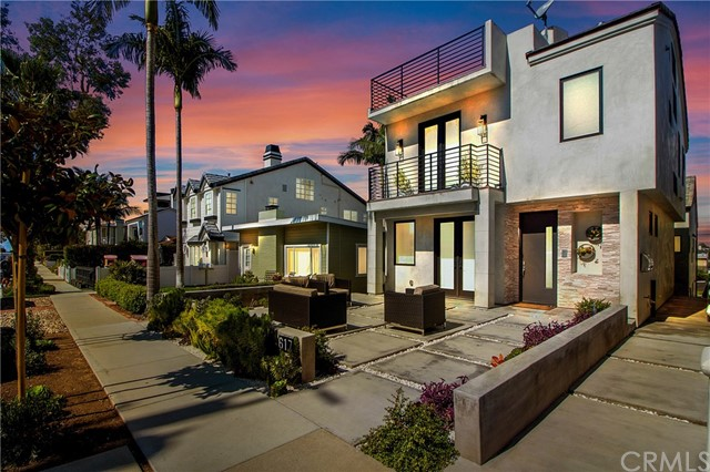 Photo of 617 Poppy Avenue, Corona del Mar, CA 92625