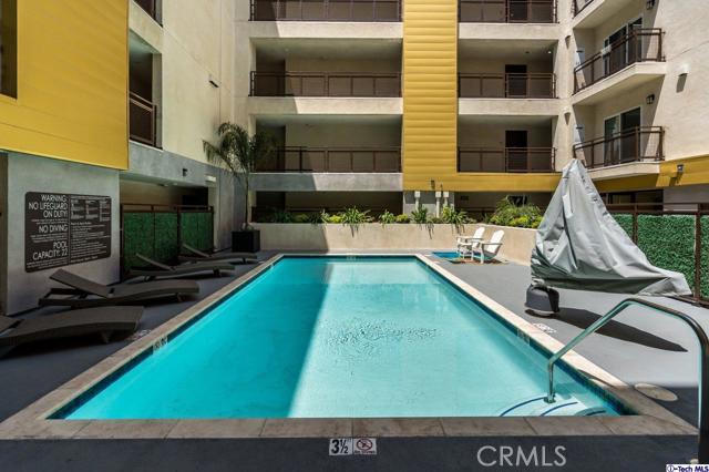 41. 2939 Leeward Avenue #506 Los Angeles, CA 90005