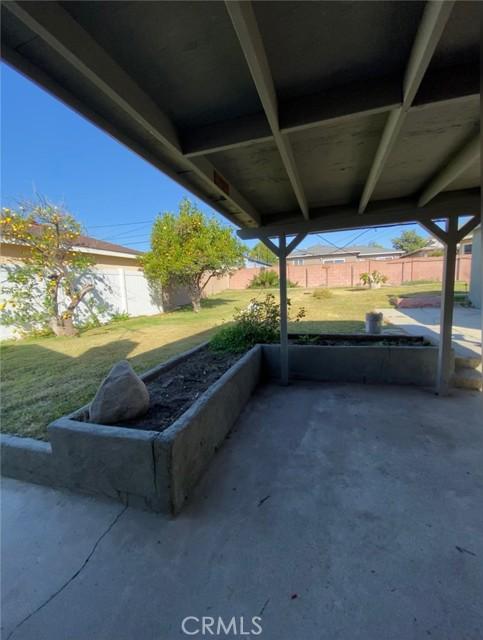 Image 14 of 611 W Pinehurst Ave, La Habra, CA 90631