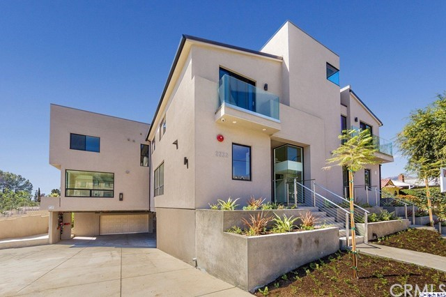 2222 Montrose Avenue B, Montrose, CA 91020