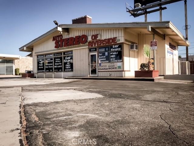 6664 Magnolia Avenue, Riverside, CA 92506