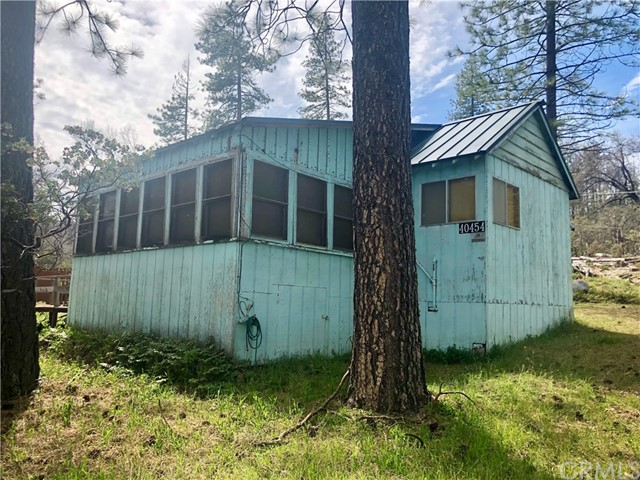 40454 Road 222, Bass Lake, CA 93604