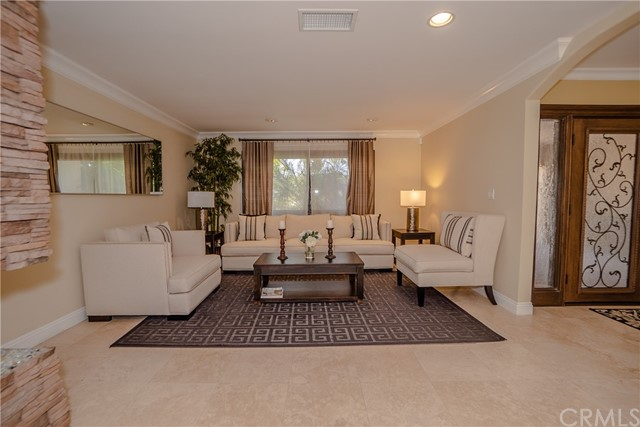 17421 Klee St, Sherwood Forest, CA 91325 Photo 5