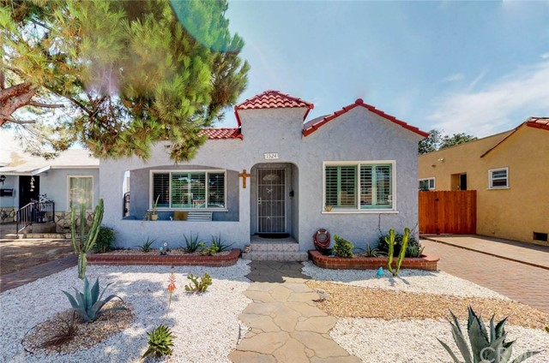 1524 East Poinsettia st, Long Beach, CA 90805