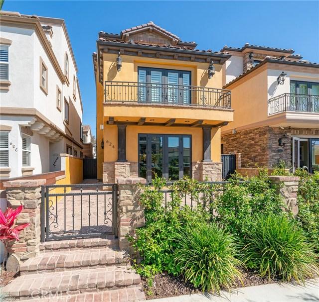 624 13th Street, Huntington Beach, CA 92648