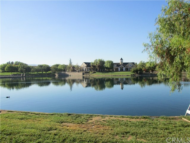 28918 Lakefront Rd, Temecula, CA 92591 Photo 3