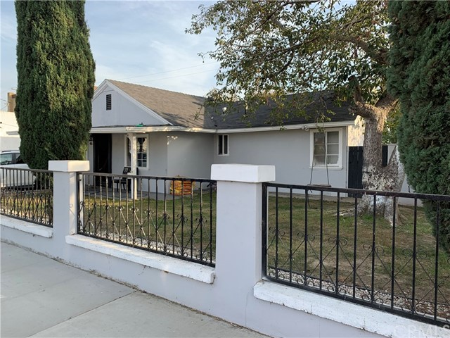 46 W Pleasant Street, Long Beach, CA 90805