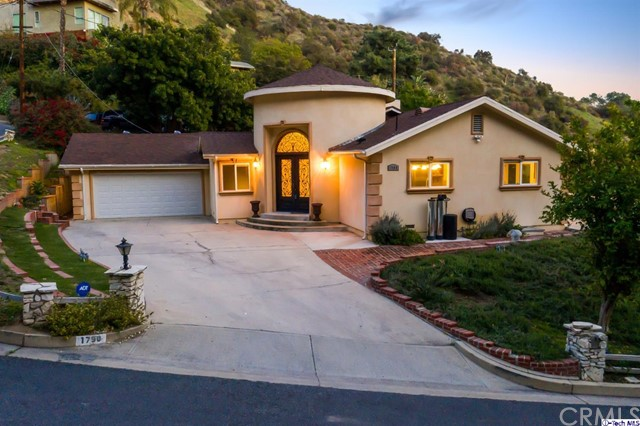 1790 Thurber Place, Burbank, CA 91501