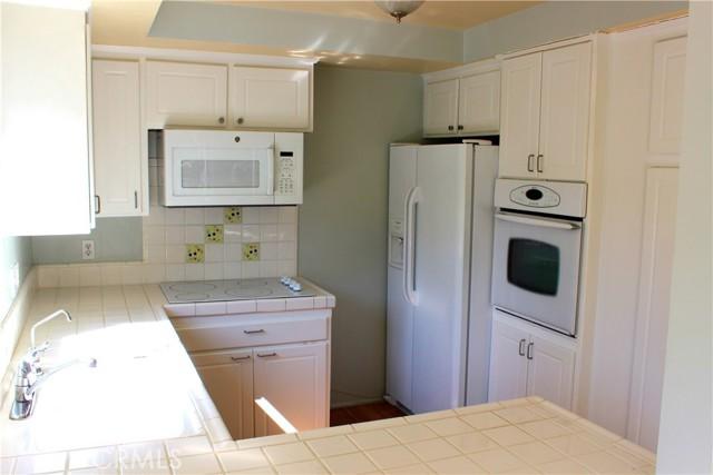 649 Paseo De La Playa 305, Redondo Beach, California 90277, 2 Bedrooms Bedrooms, ,2 BathroomsBathrooms,For Sale,Paseo De La Playa,SB20156660
