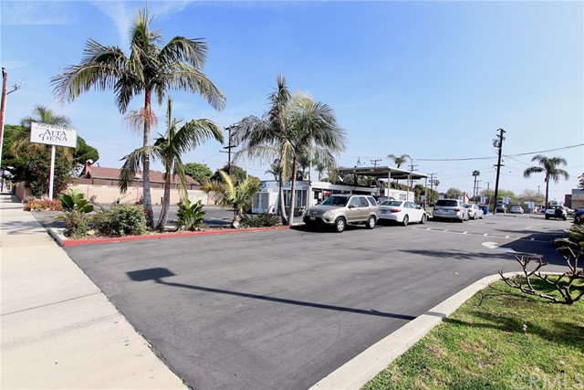 15942 Edwards Street, Huntington Beach, CA 92647