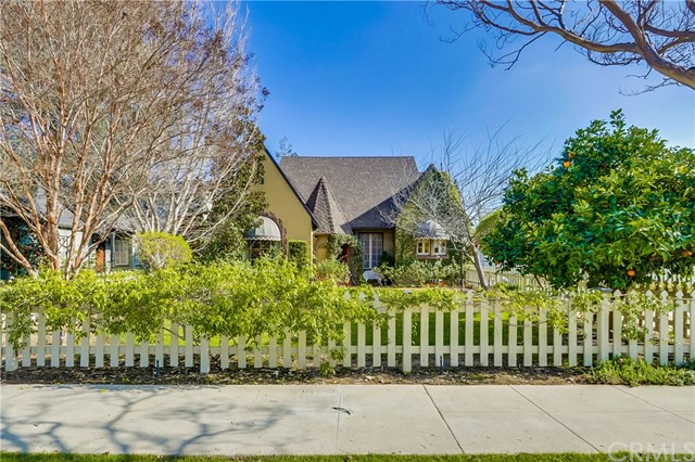 2203 N Ross Street, Santa Ana, CA 92706