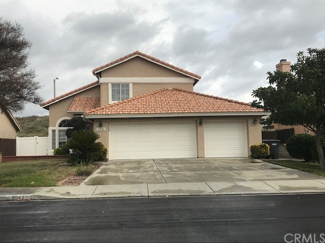Super clean with a 3 car garage. 4 bedroom, 3 bath, fireplace in family room that is open to the kitchen. One double-door bedroom down. Large master with double sinks, separate tub and shower. Newer paint and neutral carpet. Submit for pets. 1 year lease. Gardener included.